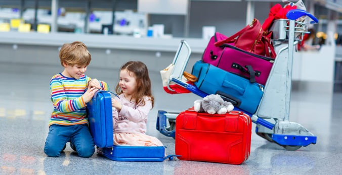 3 Ways to Travel with Kids During the Holidays
